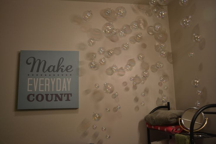Bathroom Bubbles!!!  Fun and easy decoration for anywhere. I started in my bathroom=)  Hope you all enjoy!!