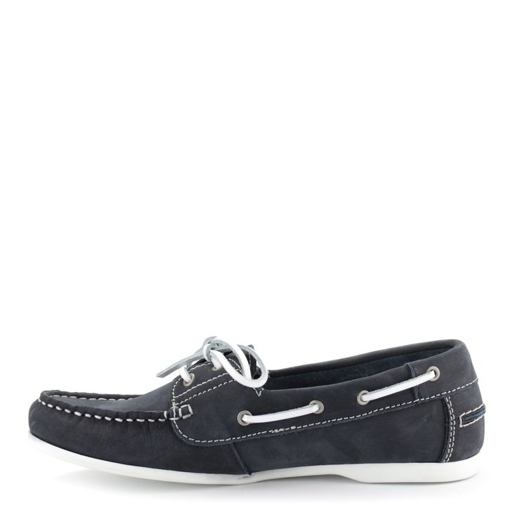 Kék színű Tamaris vitorlás cipő   ChiX.hu cipő webáruház Sötétkék színű  Tamaris mokaszín. A kedvelt Tamaris vitorlás cipők idei darabja. Talpa puha hajlékony gumi, felsőrésze bőr. Márka: Tamaris Szín: Navy Modellszám: 1-23618-24 805
