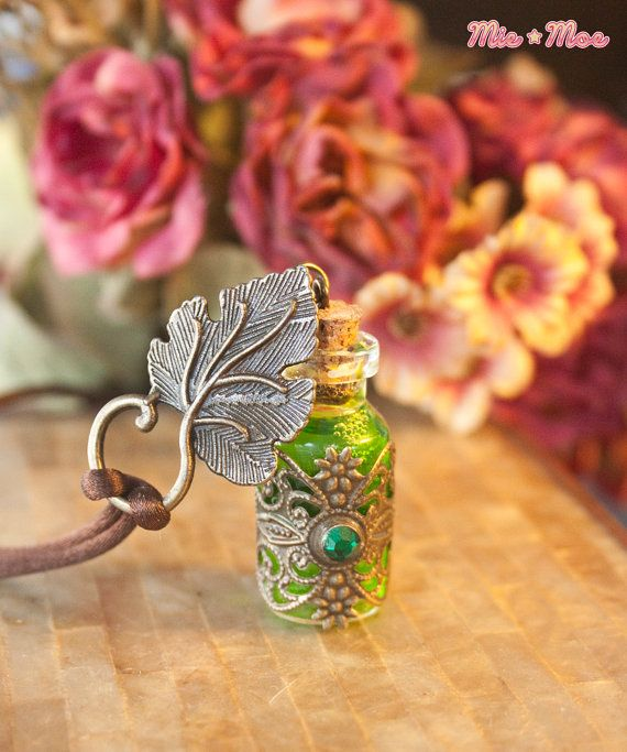 Elven Forest Necklace - Lord of the rings inspired, potion, elf, elvish, neture fairy nymph LARP rpg jewelry arwen dungeons and dragons love