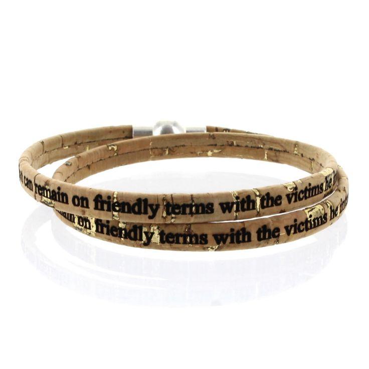 LIEBLINGSMENSCH Gravur Korkarmband 0,5 cm mit Kugel-Magnetverschluss - 2-fach gewickelt.  Angenehm weiches Korkarmband.  Speziell für Sie hergestellt.  Der robuste Magnetverschluss aus Zamak hält das Band sicher am Arm fest.  #Kork #Armband #Lieblingsmensch #Geschenk #Mann #Frau #Familie #Liebe #Partner #Beziehung #Schmuck