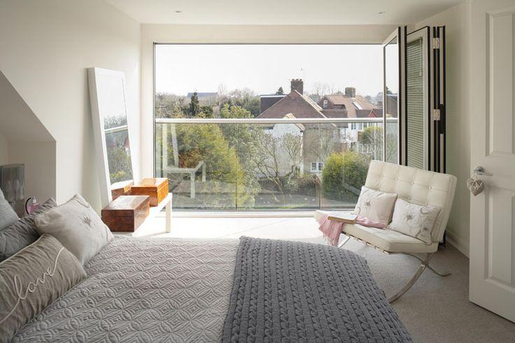 25 beste idee n over mansardedak op pinterest landhuis. Black Bedroom Furniture Sets. Home Design Ideas