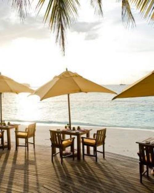 Angsana Ihuru ( Male, Maldives ) Riveli restaurant is a true sand-under-foot affair, with a fusion Asian and Maldivian menu. #Jetsetter #JSBeachDining