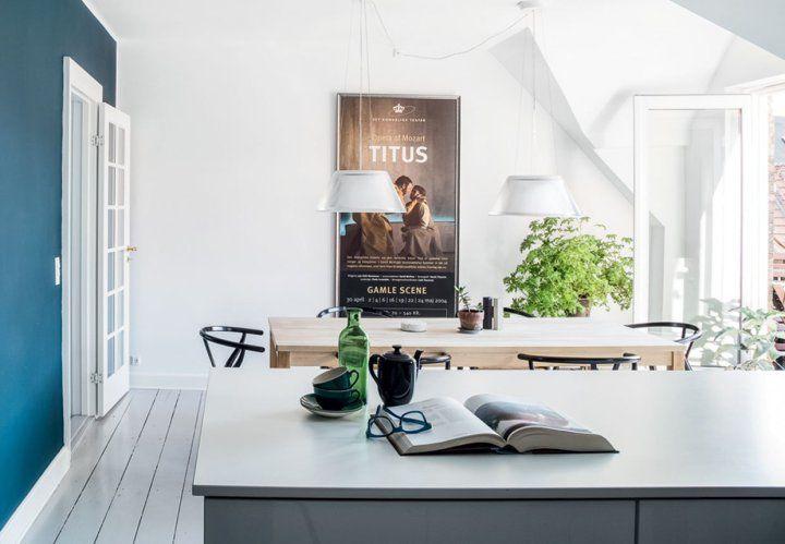 Post: El ático de un cantante de ópera danés --> atico danés, blog decoración nórdica, decoración áticos, decoración comedor, decoración interiores, estilo escandinavo, muebles de diseño