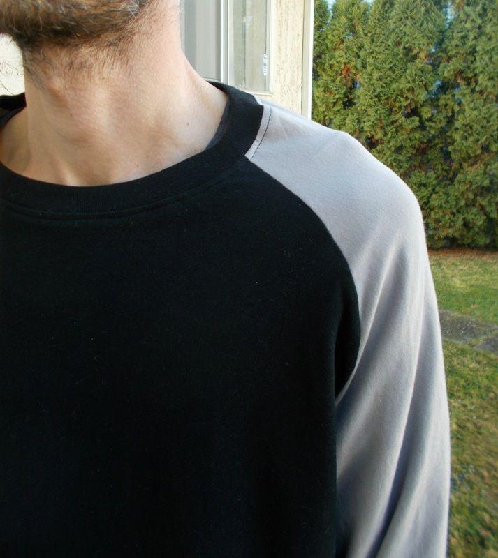 FREE SEWING PATTERN: Raglan T-shirt - On The Cutting Floor