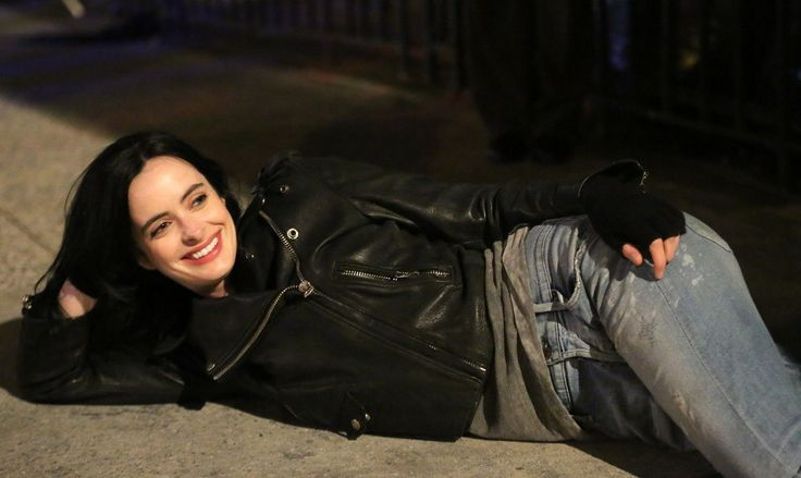 JESSICA JONES And Trish Walker Find Themselves In Trouble With The Law In These New Season 2 Set Pics