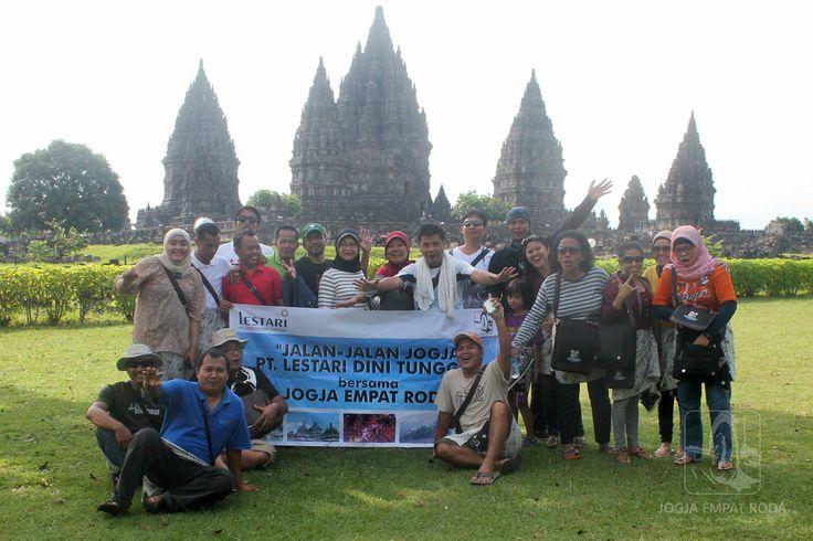 Foto Di Candi Prambanan jogjaempatroda.com