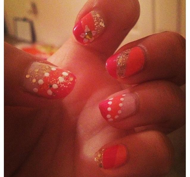 Random sunset nail designs