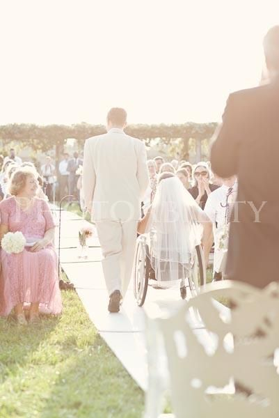 This made me tear up. Even though I can't walk down the isle I know my daddy will be there to hold my hand! :)