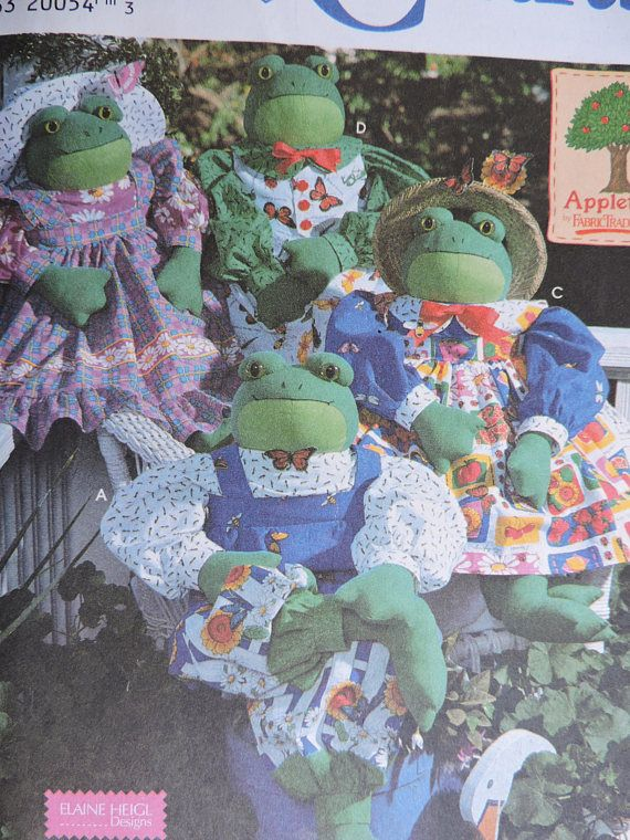 Frog Doll & Clothes Wardrobe Designer Elaine Heigl Simplicity