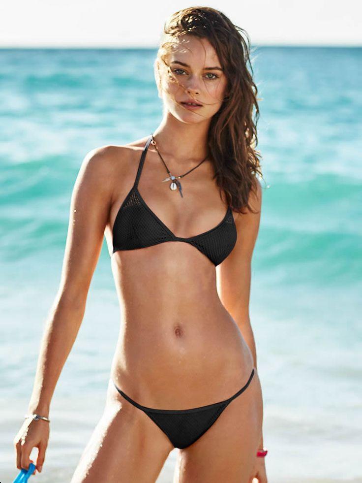 dating-petite-women-in-bikinis