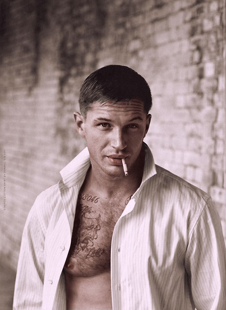 Because there is no one who wouldn't want to wake up next to this man, with that face, and that mouth. Tom Hardy, you go ahead and smoke all you want because you make it look damn good.