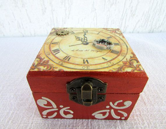 Best 25 Custom jewelry boxes ideas on Pinterest Jewelry boxes