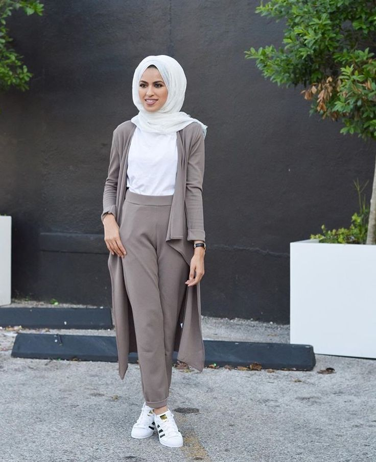 Pinterest: @eighthhorcruxx. Grey all day. #hijab #hijabfashion #modest #style #eighthhorcruxx