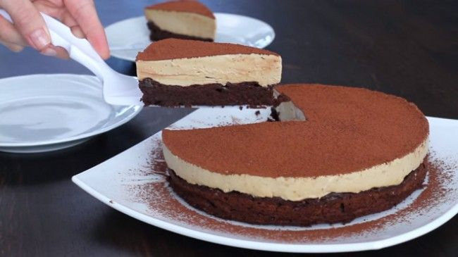 Tort de ciocolata si crema de cafea