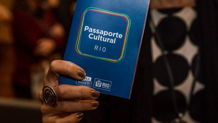 Passaporte cultural - O passaporte concede gratuidade e descontos em diversos eventos no Rio de Janeiro.  Esse ano os eventos agraciados pelo passaporte cultural serão concentrados no período de maio a setembro, aproveitando a maior movimentação de cidadãos e turistas em razão dos Jogos Olímpicos.