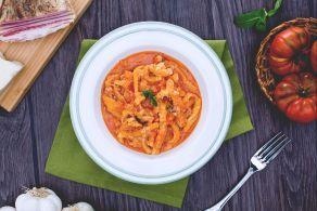 La trippa alla milanese (busecca) è una preparazione storica dalle umili origini contadine della tradizione gastronomica Lombarda.