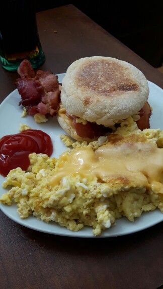 Breakfast ♡ English muffin with scrambled eggs and cheese