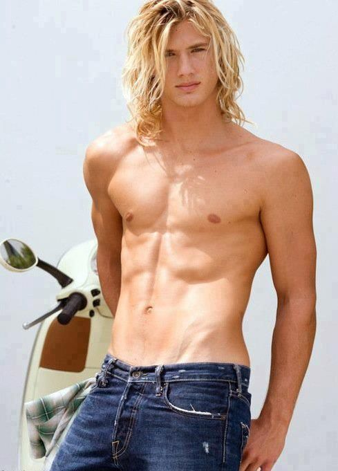 Resultado de imagen para blonde long hair sexy male model
