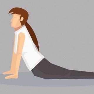 """Ebenfalls gut für die Wirbelsäule und die gesamte Rückenmuskulatur ist """"Die Kobra"""" (Bhujangasana). Vor allem bei Stress wirkt diese Yoga Übung beruhigend. Wichtig ist, dass hier Hals und..."""
