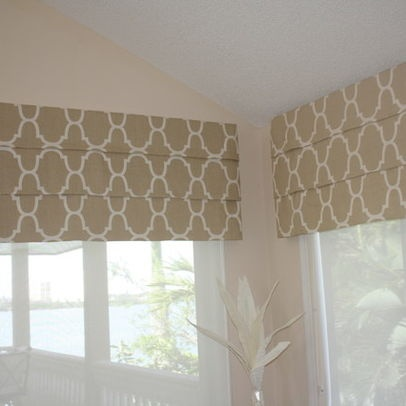 Coastal Family Room Clearwater Beach Modern Es Tampa Orchid Interiors Group Inc Client Ideas Options In 2018 Window Treatments Roman