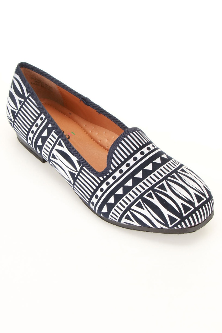 Bucco Rula Smoker Flats In Navy..cute