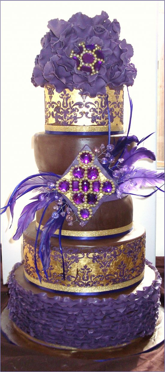 top ten wedding cakes of 2012 wedding cakes crown royal cake and cakes. Black Bedroom Furniture Sets. Home Design Ideas