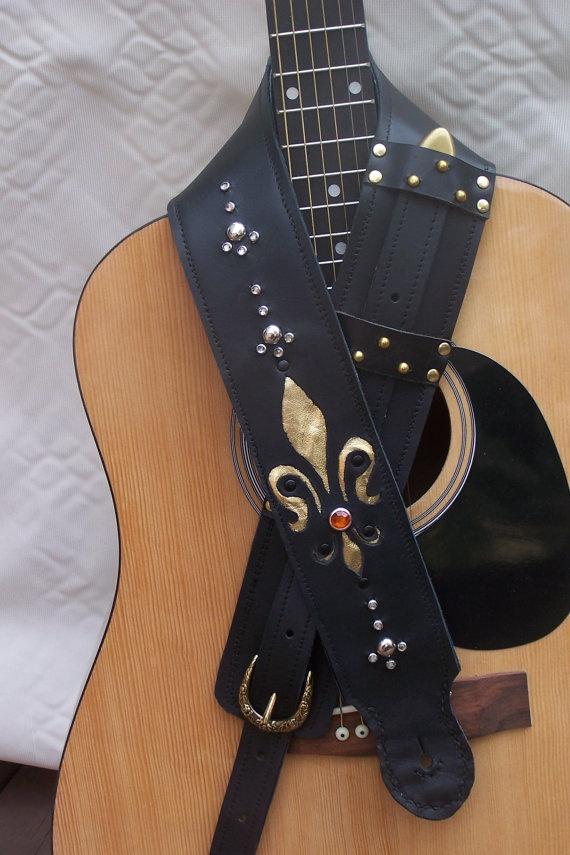 black and gold leather guitar strap fleur de lis by magickfetish guitar leather. Black Bedroom Furniture Sets. Home Design Ideas
