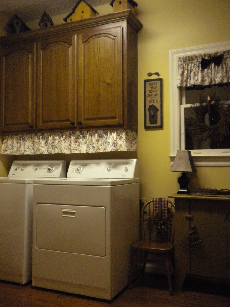 best 25 country laundry rooms ideas on pinterest mudrooms with laundry outdoor laundry rooms. Black Bedroom Furniture Sets. Home Design Ideas