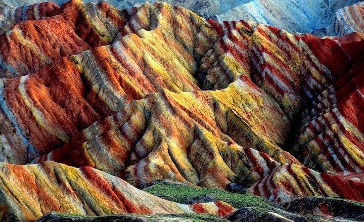 Un arc-en-ciel rocheux en Chine   CHINE: DANXIA GEOPARC ZHANGYE - LES MONTAGNES…