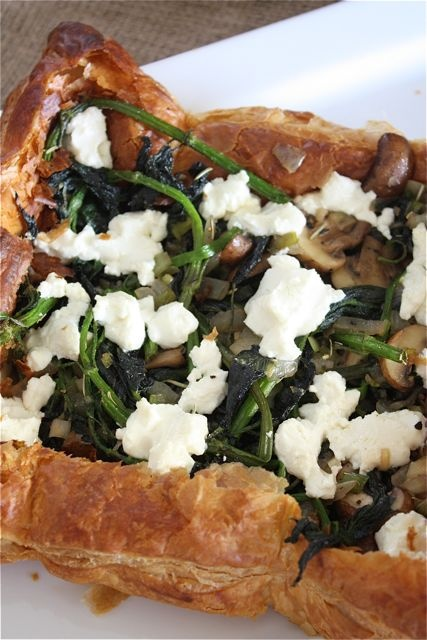 Nettle, mushroom and goat cheese tarts on Fresh from a Big Mouthful