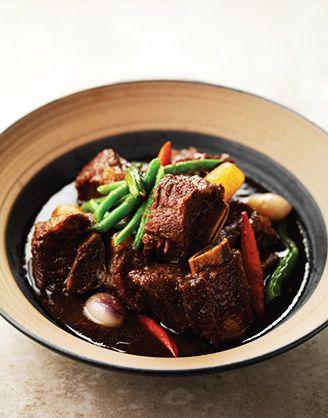 Galbijjim (Braised Beef Short Ribs)