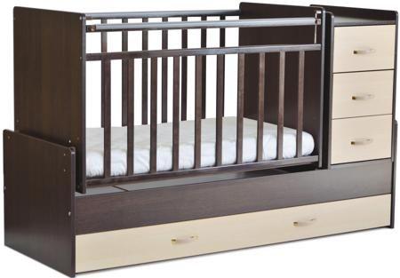 """53403  — 6899р. ------------------------------------------------ Кровать-трансформер СКВ-Компани """"53403"""". Предназначена для малыша с рождения и до достижения им возраста 10 лет, а так же для заботливых родителей, которые ценят комфорт и безопасность крохи во время сна. Кровать выполнена из экологически чистого материала - древесины, поэтому нахождение в ней абсолютно безопасно для ребенка. Поперечный маятниковый механизм бережно укачивает, а ортопедическое ложе обеспечивает спокойный и…"""