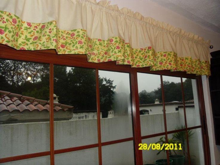 Cenefa para ventanal de cocina confeccionada en tela de - Cenefas autoadhesivas cocina ...