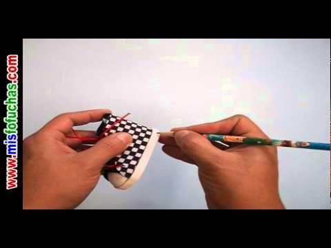 Cómo hacer Zapaticos en foamy estampados para fofuchas en foamy Parte 2 - YouTube