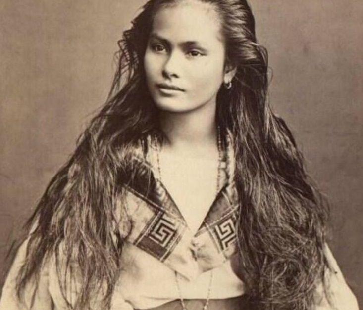 Mestiza woman. BEAUTIFUL SANGLEY WOMAN - 1875