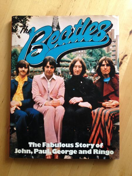 #musique : The Beatles. The Fabulous Story Of John, Paul, George And Ringo. Octopus in association with Phoebus, sans date. 92 pp. reliées en anglais.
