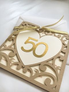 ...chi non muore si rivede...  Dopo una lunga assenza eccomi qua a raccontarvi i 50 anni di matrimonio dei miei suoceri.  Già da qualche mes...