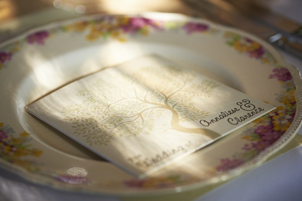 A CD Cover with your favourite songs for your guests - what a great idea for a bonbonierie.
