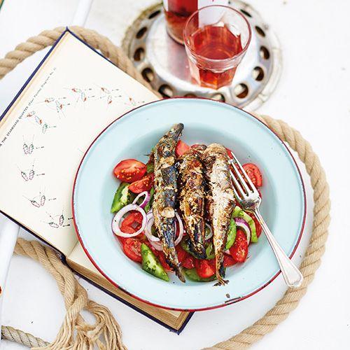 Pittig geroosterde sardines met tomatensalade - recept - okoko recepten