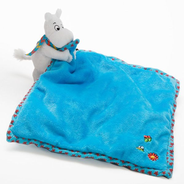 Super soft and cuddly blanket to Moomins.