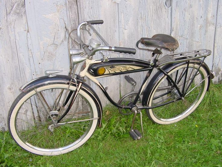 1937 Schwinn Excelsior Autocycle - Picture #3 - Dave's Vintage Bicycles