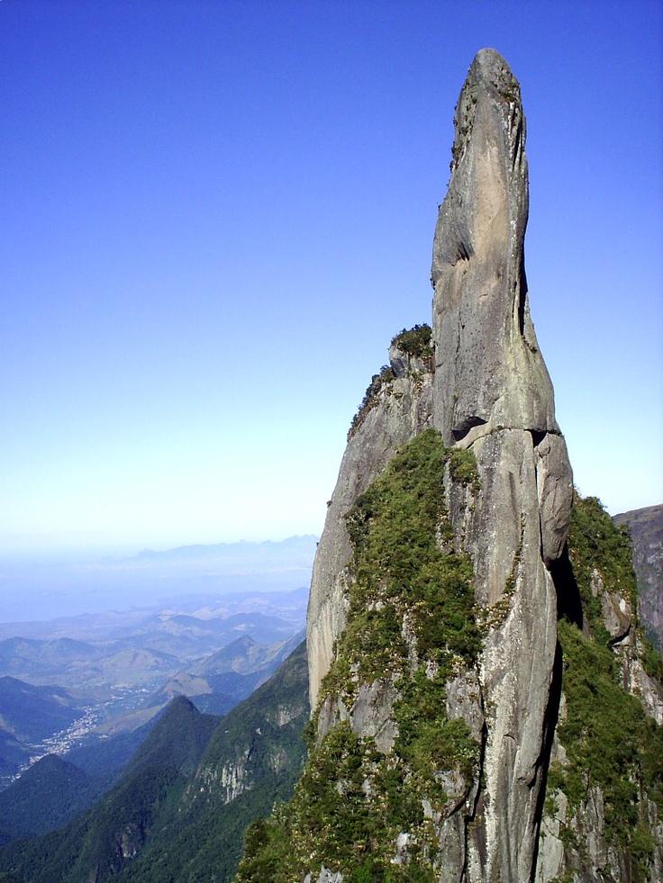 rock climbing at Agulha do Diabo, Serra dos Órgãos ...