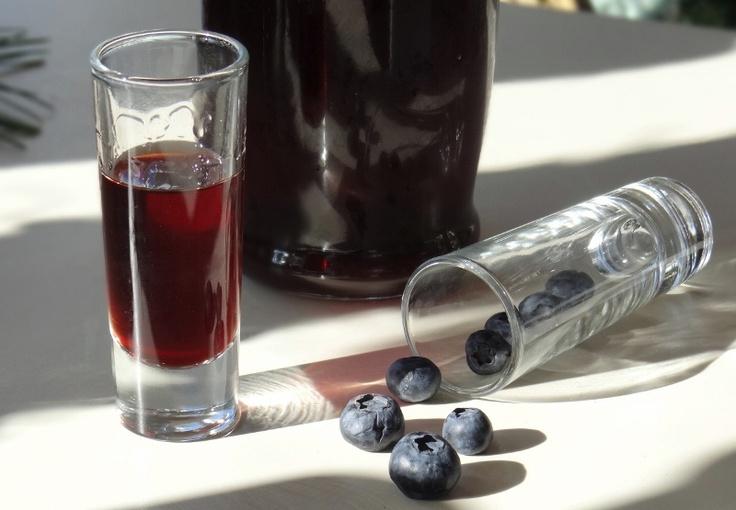 ...a quiet life...: blueberry liqueur