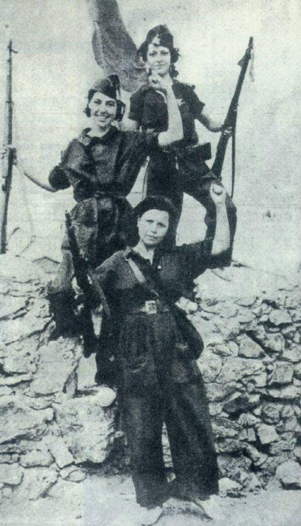 Mujeres defendiendo a la república española del  fascismo. (Guerra civil española, 1936-1939)