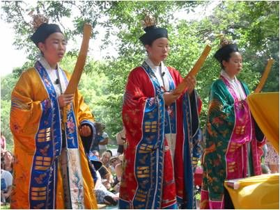 1000+ images about Wudang, Taoist, and Shaolin fashion ...   Taoism Women