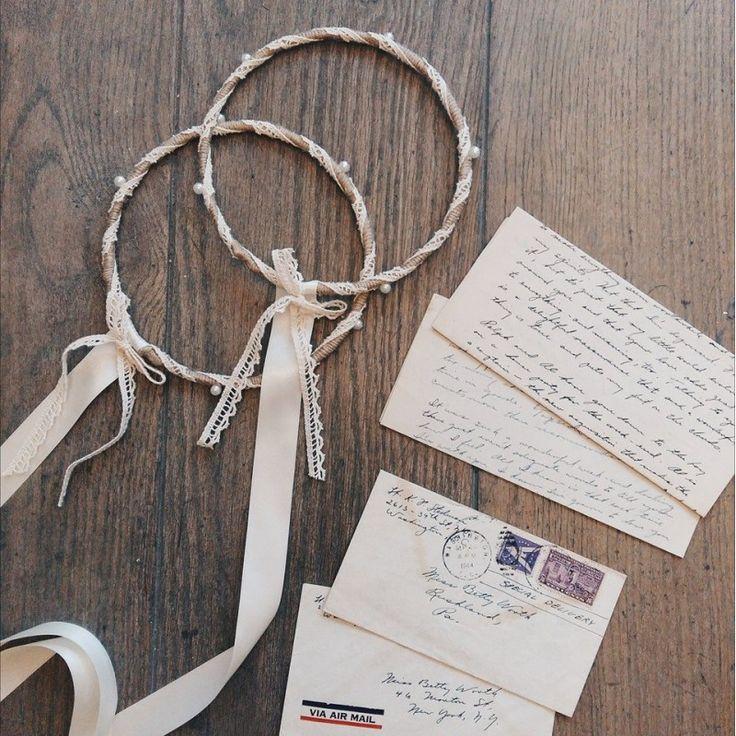 Vintage χειροποίητα στεφανα 'Ελεσα' με δαντέλα & πέρλες