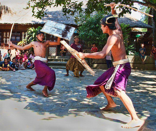 perisaean ( Lombok traditional culture)
