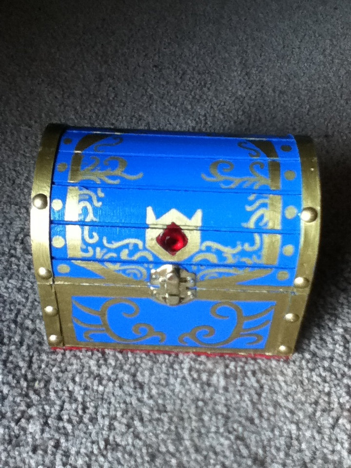 Zelda Ocarina of time boss chest (small). $35.00, uhhh if anyone wants to buy me anything ever this wud be a great present!!