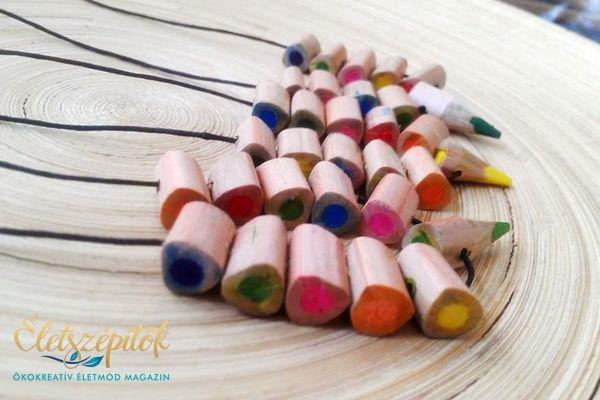 Bohém nyaklánc színes ceruzából | Nyereményjáték: két láncot kisorsolunk a játékosok között!