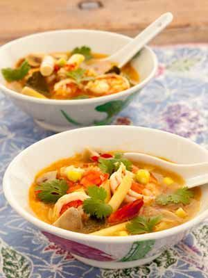 Dit Thaise garnalensoep is één van mijn favoriete 'feel good' recept. Het bereiden is eenvoudig, toch zeker indien men over alle ingrediënten beschikt